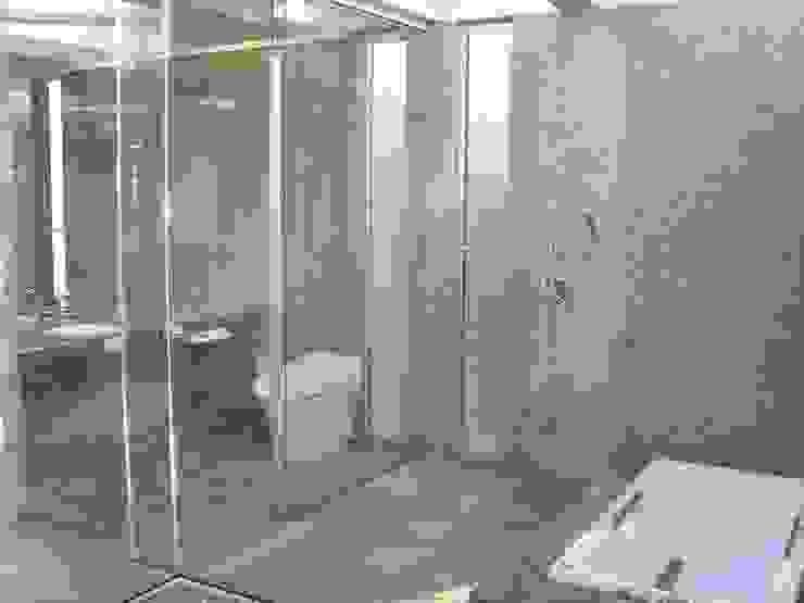 建築家の自邸 Architect's own house オリジナルスタイルの お風呂 の 高原生樹建築設計事務所 オリジナル