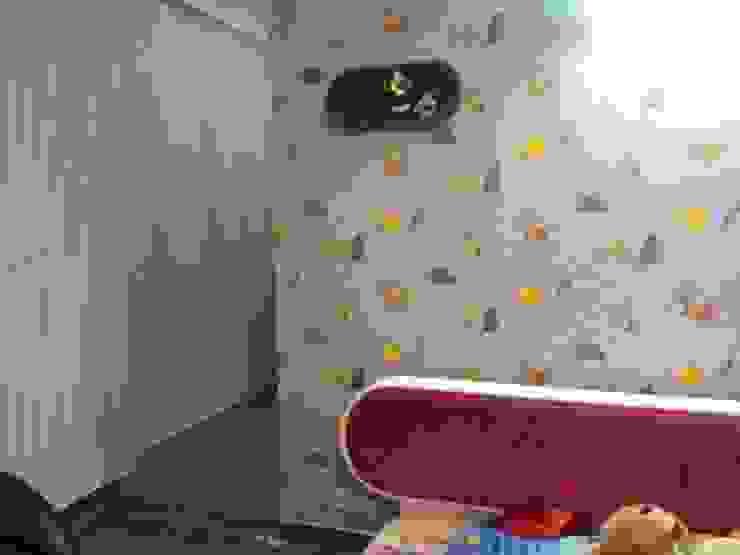 Decor At Door Tropical style bedroom