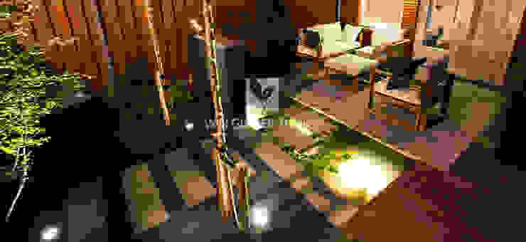 Modern Garden by Van Gelder TUINEN Modern