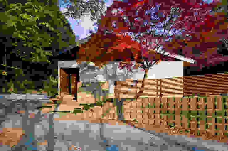 Modern home by Nobuyoshi Hayashi Modern