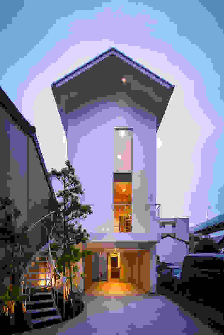 黒川の家 モダンな 家 の Nobuyoshi Hayashi モダン