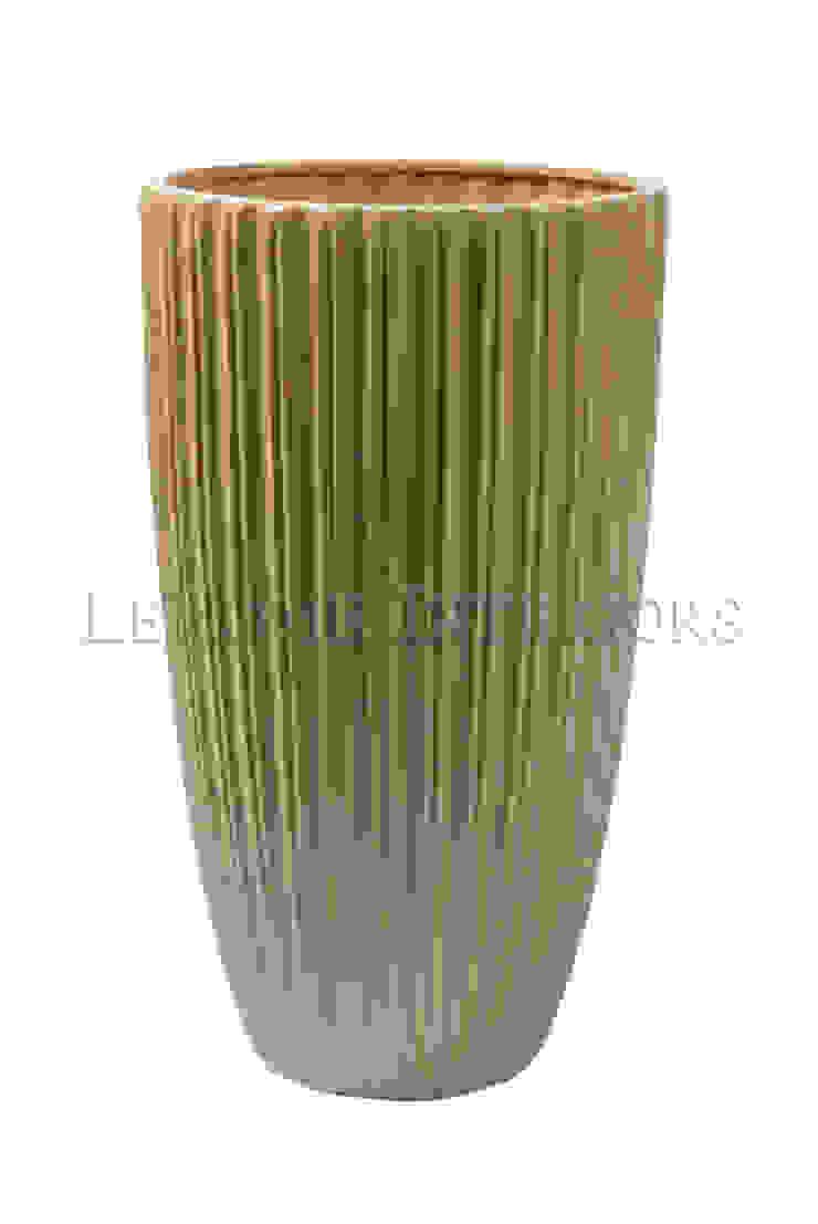 Ваза V896 от LeHome Interiors Классический Керамика