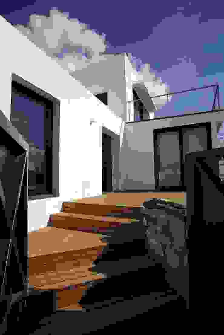 Casa Simas | entrada Casas minimalistas por Conceito Arquitetos Minimalista