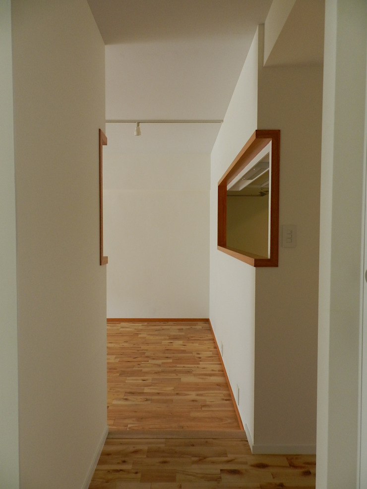506号室の改装 モダンデザインの リビング の ツチヤタケシ建築事務所 モダン