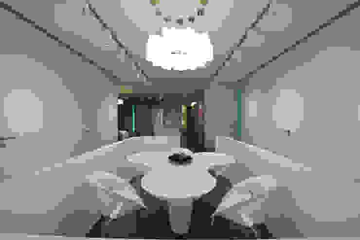 by Atelier Design N Domain Modern