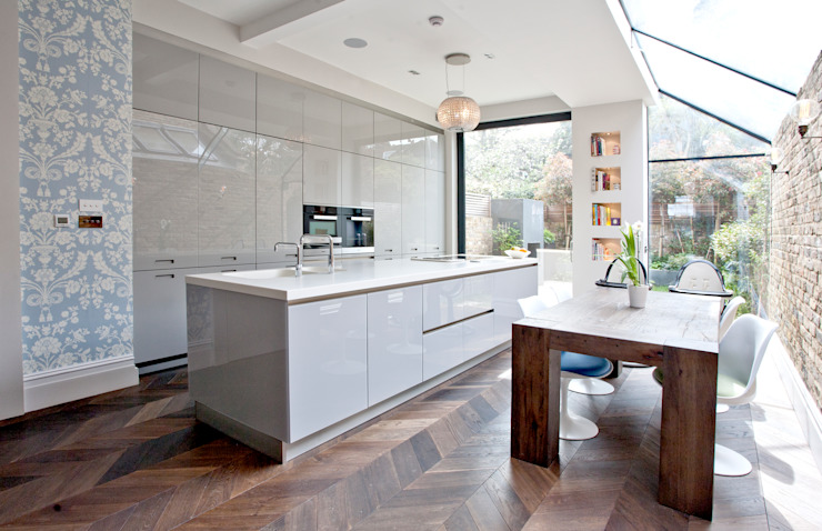 Richmond Full House Refurbishment A1 Lofts and Extensions Cucina minimalista