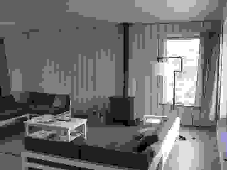 Recreatiewoning Vlieland Moderne woonkamers van Kat Koree Architecten Modern