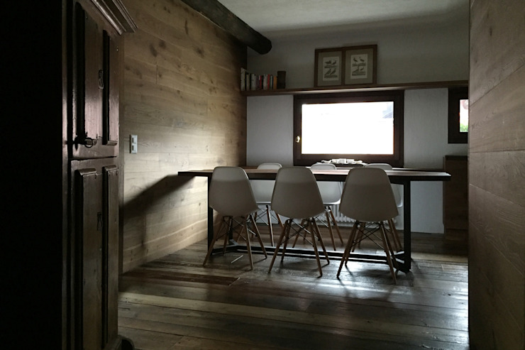 Country style dining room by davide petronici   architettura Country Wood Wood effect
