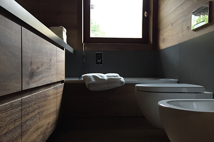 Country style bathroom by davide petronici   architettura Country Wood Wood effect