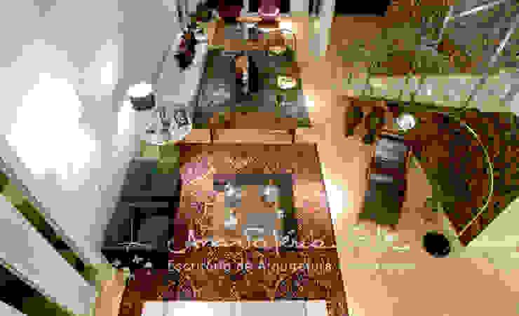 Casa Lago Sul Corredores, halls e escadas modernos por Ana Valeria Valle Moderno