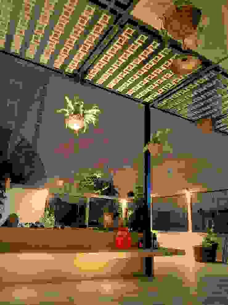 Casa PV Balcones y terrazas rústicos de Boquer 3 Rústico