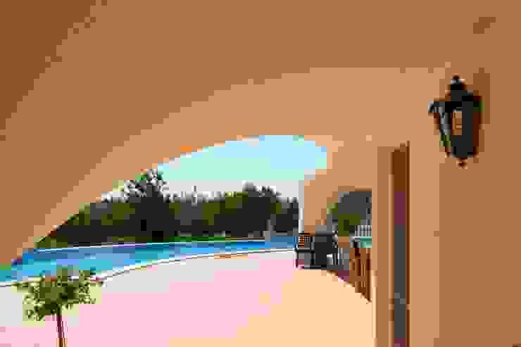 Renovierung Mediterrane Häuser von RenoBuild Algarve Mediterran