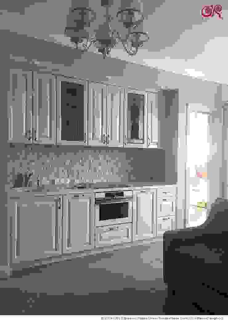Фото интерьеров квартиры в подарок матери: Кухня Кухня в классическом стиле от Дизайн студия Ольги Кондратовой Классический