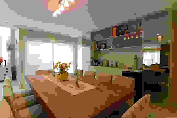 LAM Arquitetura | Interiores Modern dining room