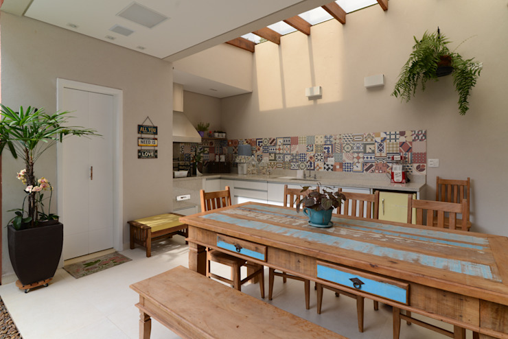LAM Arquitetura | Interiores Modern balcony, veranda & terrace