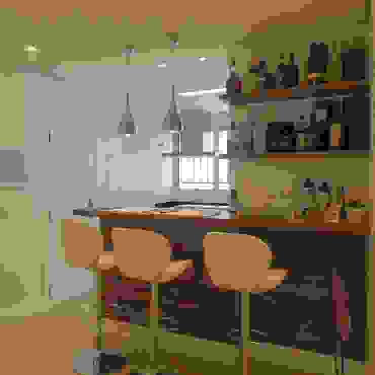 Bancada Bar Salas de estar modernas por Danielle David Arquitetura Moderno