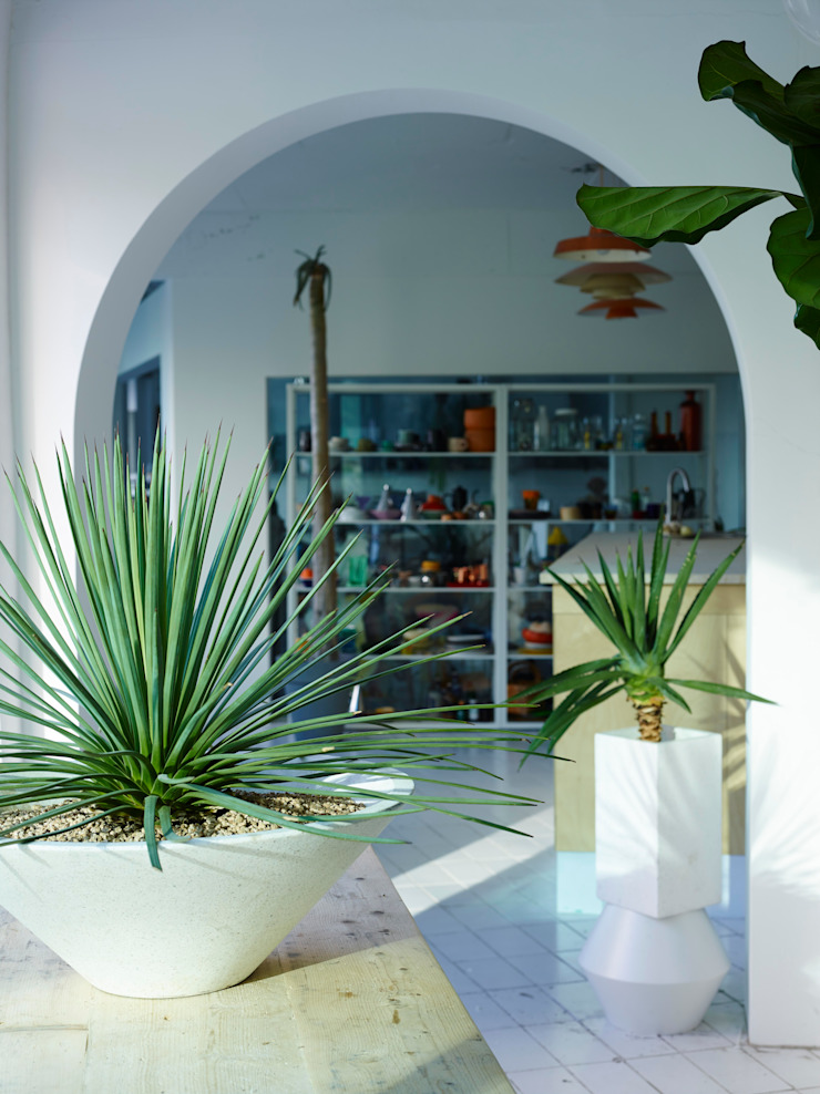 미니 가든: GARDEN STUDIO의 현대 ,모던