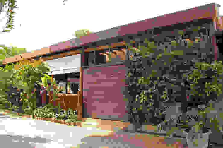Casas de estilo rústico de RAC ARQUITETURA Rústico