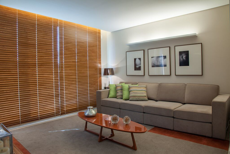 Casa Bairro Alphaville. Belo Horizonte Salas multimídia modernas por Rosangela C Brandão Interiores Moderno