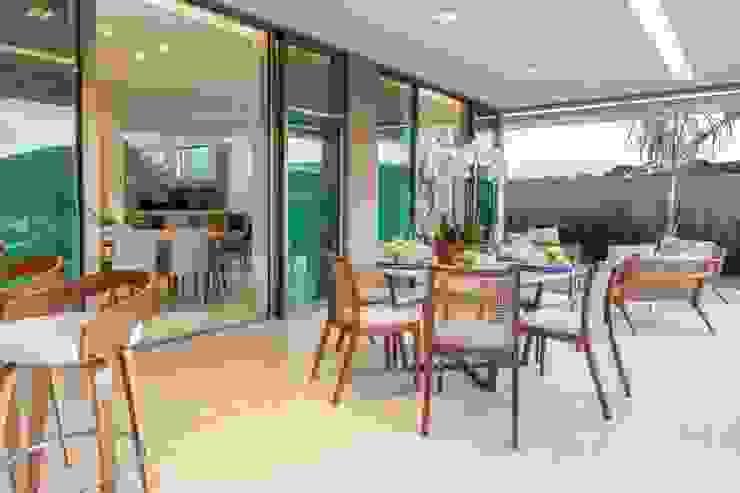 Casa Bairro Alphaville. Belo Horizonte Varandas, alpendres e terraços modernos por Rosangela C Brandão Interiores Moderno