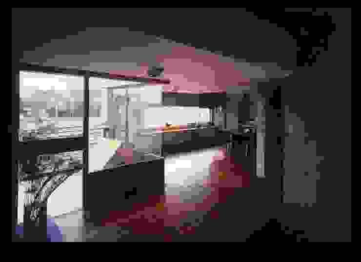 4F-living room モダンデザインの リビング の 伊藤邦明都市建築研究所 モダン 石