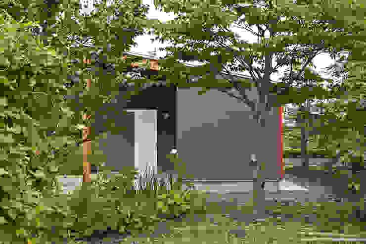 伊香保の小屋 オリジナルな 家 の デザインプラネッツ一級建築士事務所 オリジナル