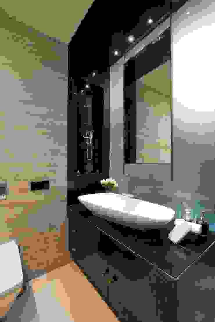 AVS Apartment Modern bathroom by Atelier Design N Domain Modern