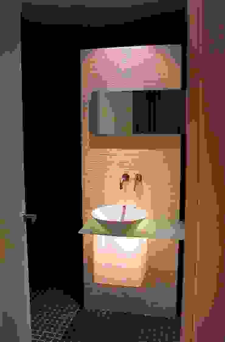 CASA MD PRIVANZAS Dormitorios modernos de planeta diseño + construcción SA de CV Moderno