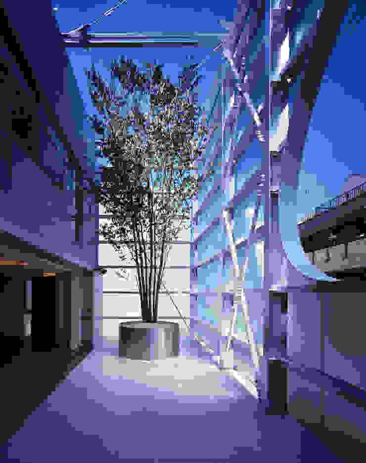 Moderner Balkon, Veranda & Terrasse von Guen BERTHEAU-SUZUKI Co.,Ltd. Modern