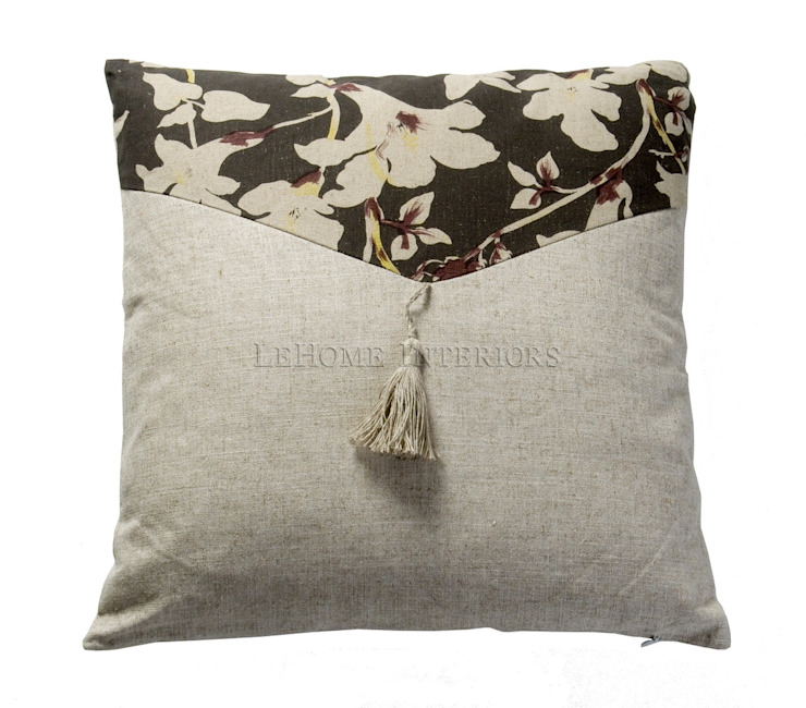 Подушка V019 от LeHome Interiors Классический Текстиль Янтарный / Золотой