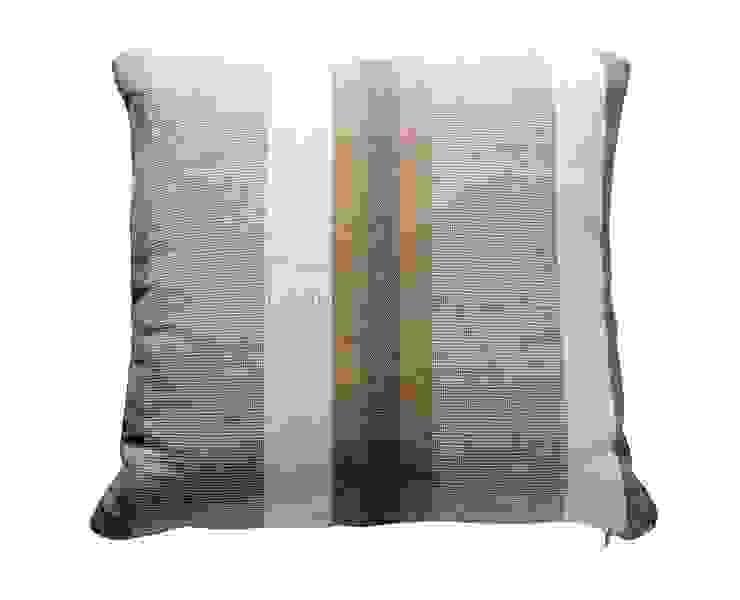 Подушка V030 от LeHome Interiors Классический Текстиль Янтарный / Золотой