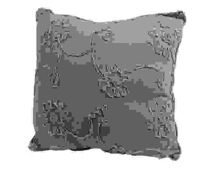 Подушка V329 от LeHome Interiors Классический Текстиль Янтарный / Золотой