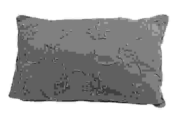Подушка V331 от LeHome Interiors Классический Текстиль Янтарный / Золотой