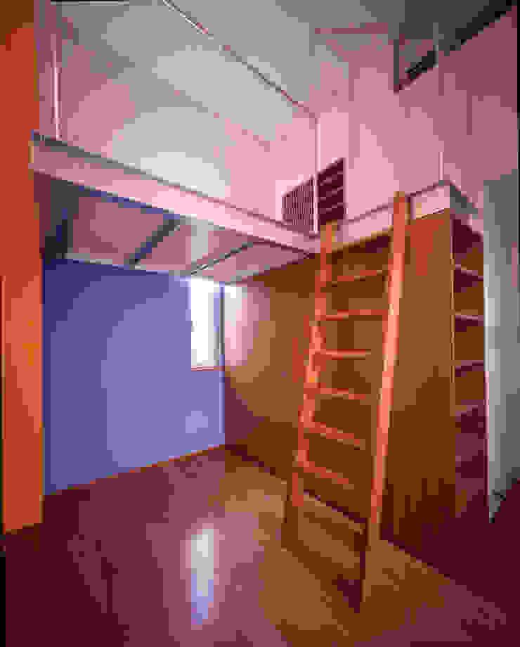 Modern Bedroom by Guen BERTHEAU-SUZUKI Co.,Ltd. Modern