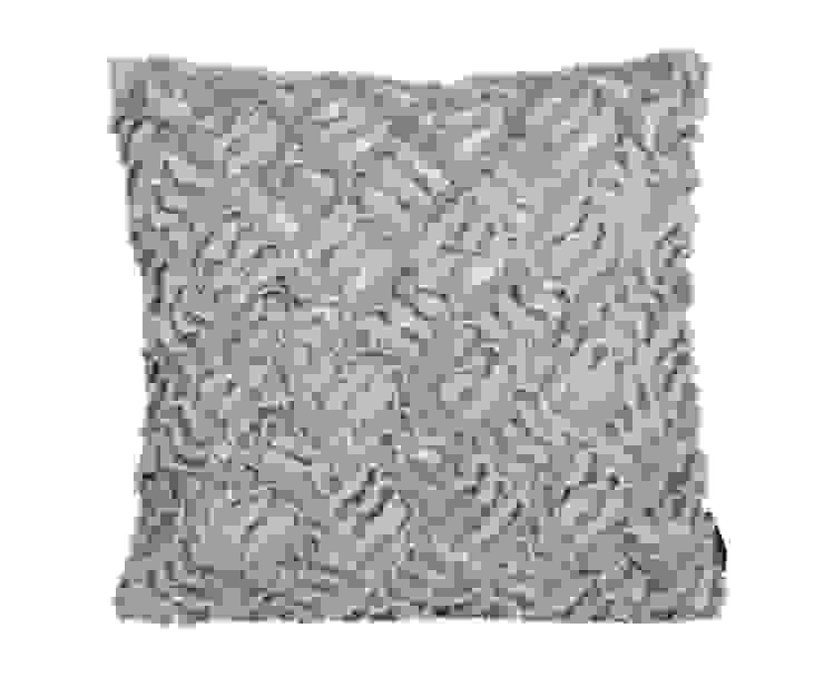 Подушка Winter Home Rabbit от LeHome Interiors Классический Текстиль Янтарный / Золотой