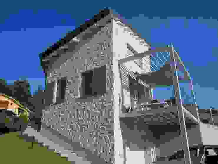 Houses by studio associato Ciati