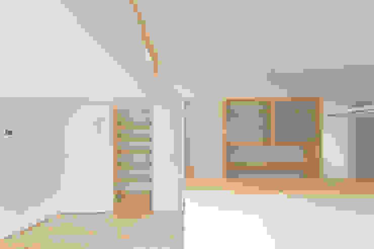 つどう×つながる家 モダンデザインの ダイニング の 加藤淳一級建築士事務所 モダン