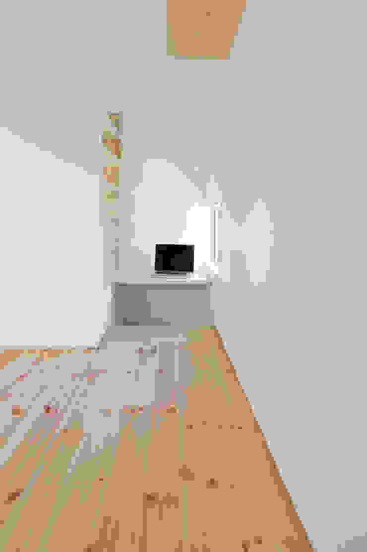 つどう×つながる家 モダンデザインの 書斎 の 加藤淳一級建築士事務所 モダン