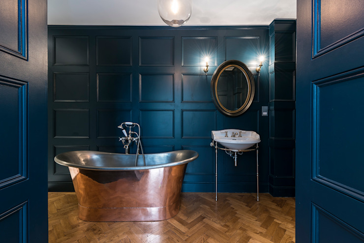 Full renovation on Trinity Road, London:  Bathroom by Grand Design London Ltd