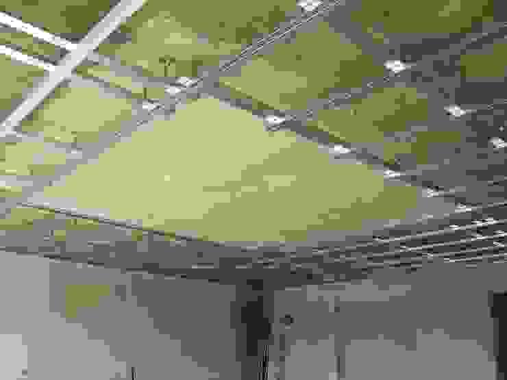 False ceiling Salones de estilo mediterráneo de RenoBuild Algarve Mediterráneo