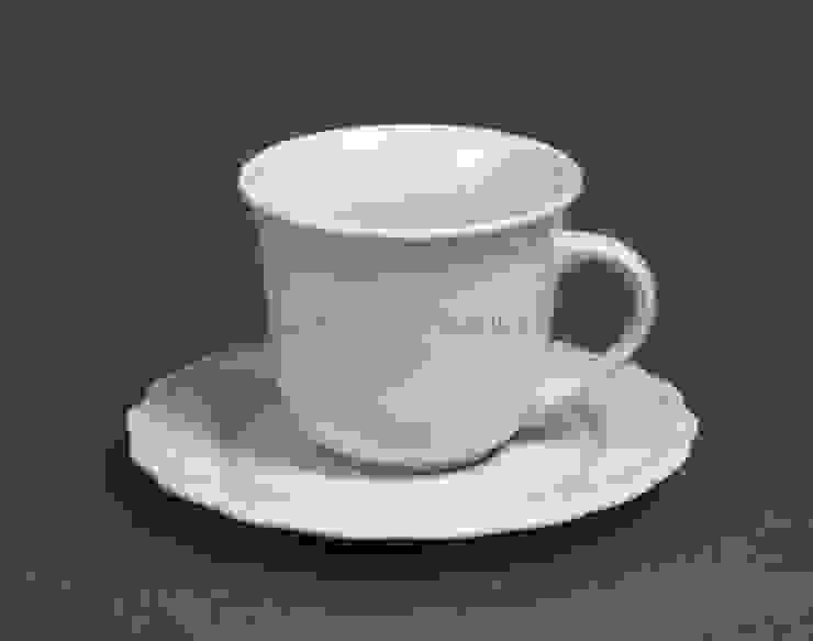 Чашка с блюдцем V225 от LeHome Interiors Классический Керамика