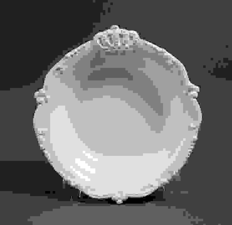 Тарелка глубокая (короны) V294 от LeHome Interiors Классический Керамика