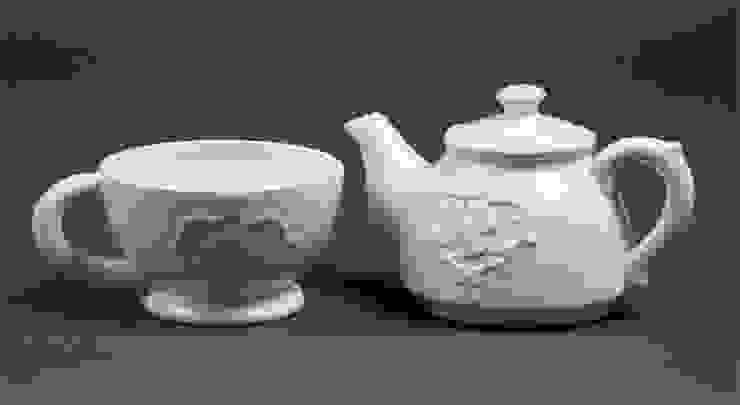 Чайник и чашка V610 от LeHome Interiors Классический Керамика