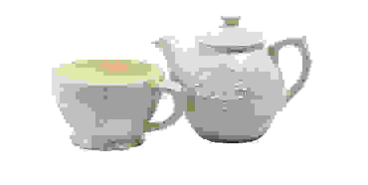 Чайник и чашка V798 от LeHome Interiors Классический Керамика