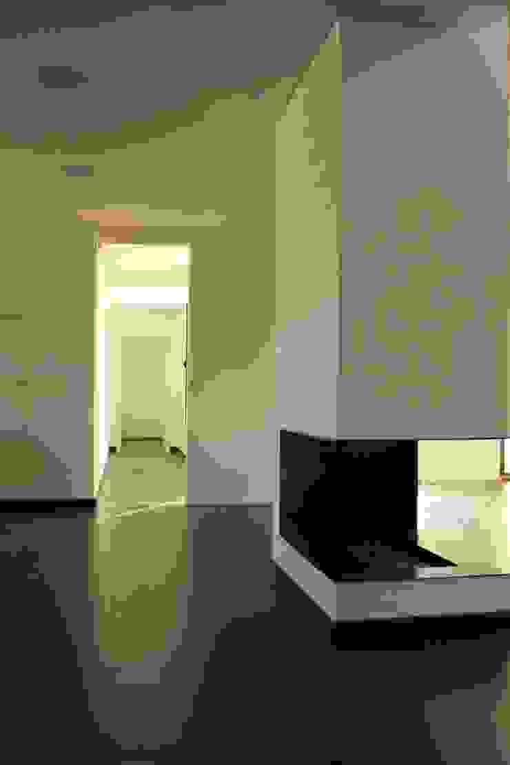 Casa Cubo Salas de estar modernas por Plano Humano Arquitectos Moderno