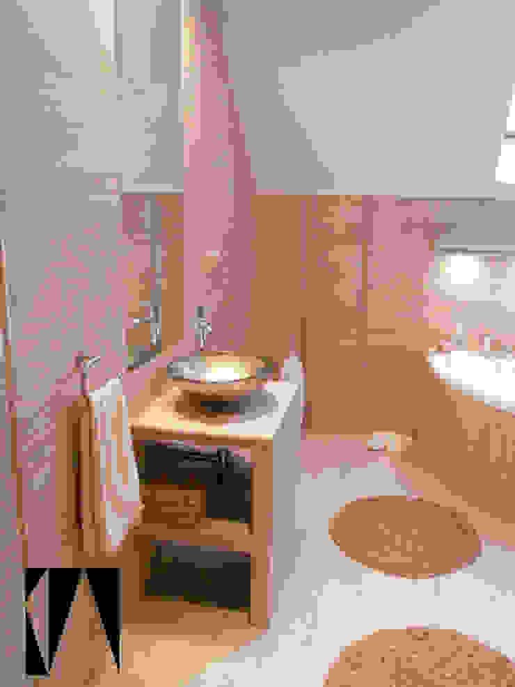 Modern bathroom by Katarzyna Wnęk Modern