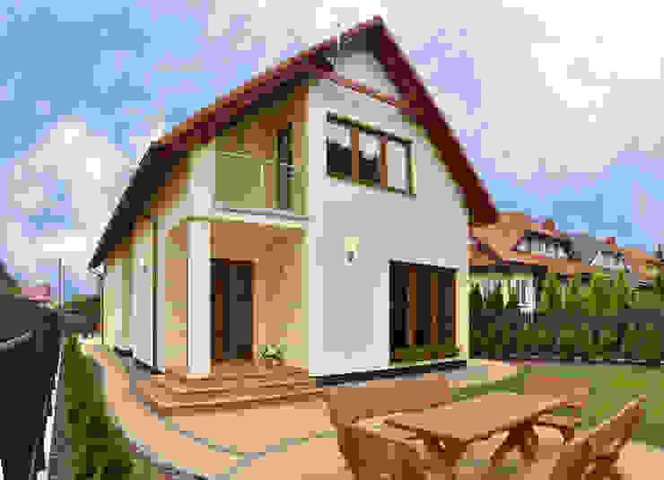 Classic style houses by Biuro Projektów MTM Styl - domywstylu.pl Classic