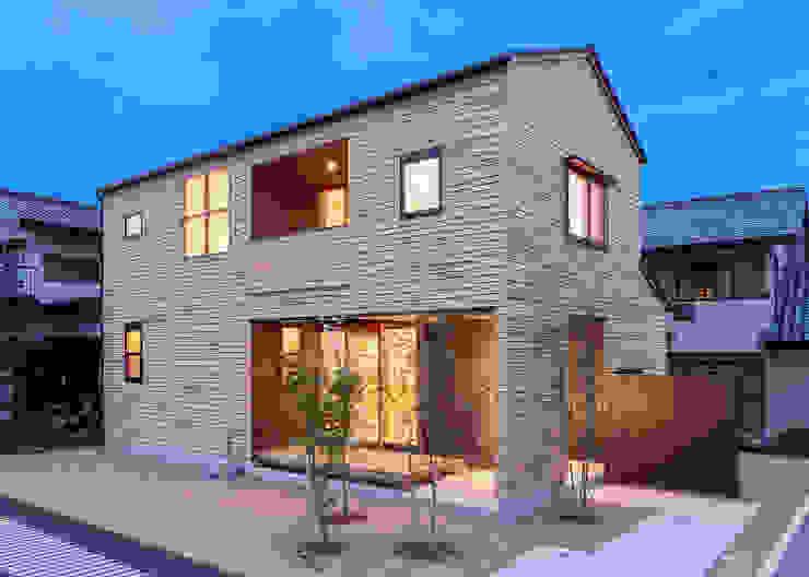 Modern houses by 君島弘章建築設計事務所 Modern Wood Wood effect