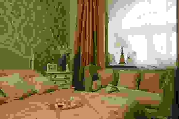 Верхняя спальня: Спальни в . Автор – СТУДИЯ ЮЛИИ НЕСТЕРОВОЙ,