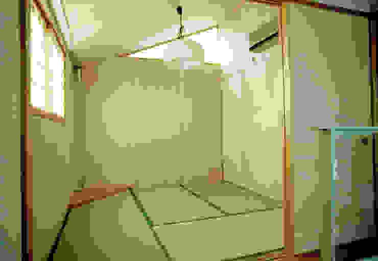 Moderne Geschäftsräume & Stores von 福井建築設計室 Modern Holz Holznachbildung
